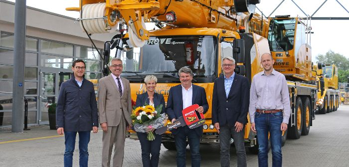 Milestone for Manitowoc's popular all-terrain crane