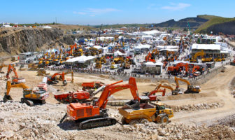Sunny Hillhead sees record crowds