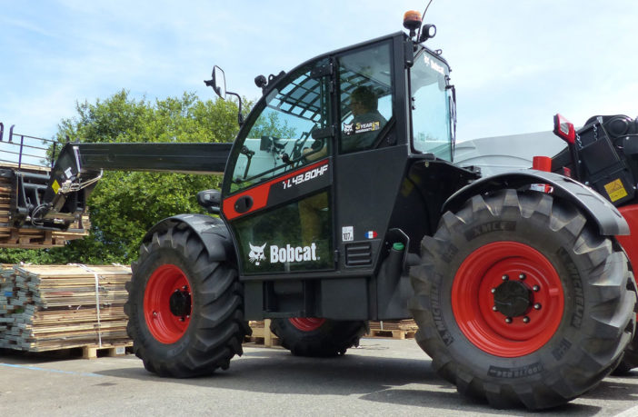 Bobcat launches new compact telehandler for heavy-lift applications
