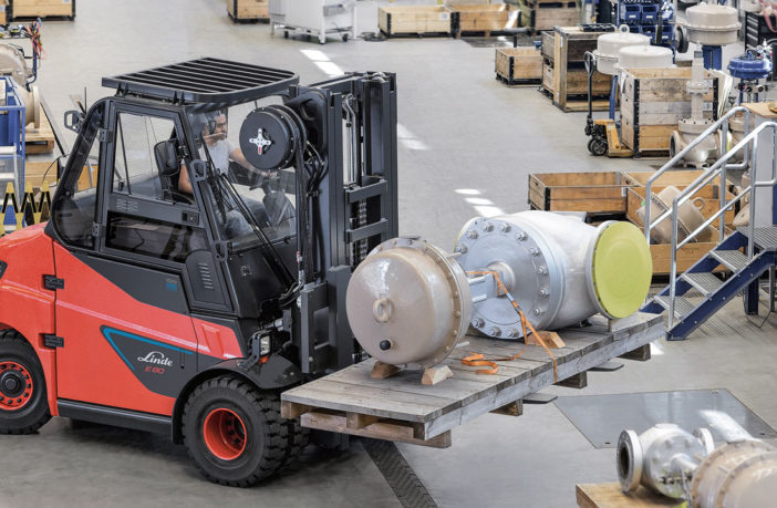 Linde's largest lift-trucks now available with lithium-ion batteries