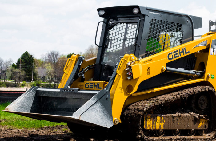 Gehl adds a fourth track loader member