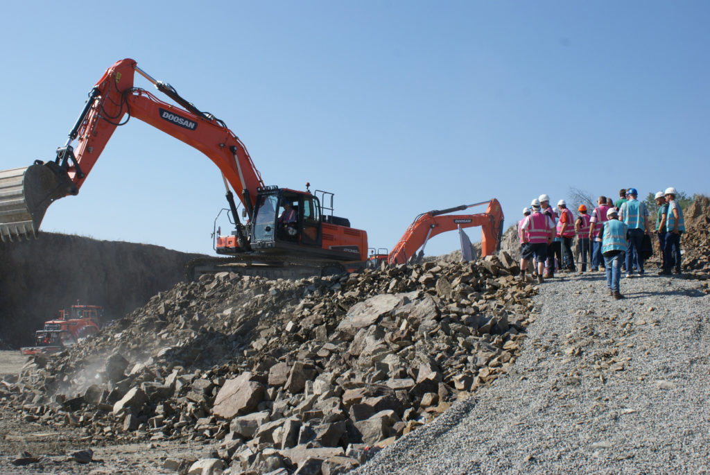 Doosan pulls out the big guns for Quarry Days
