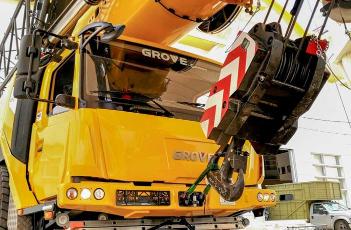 Manitowoc cranes steal show at major Mexican construction forum