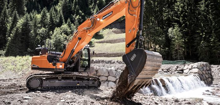 Doosan adds new heavy duty crawler excavator